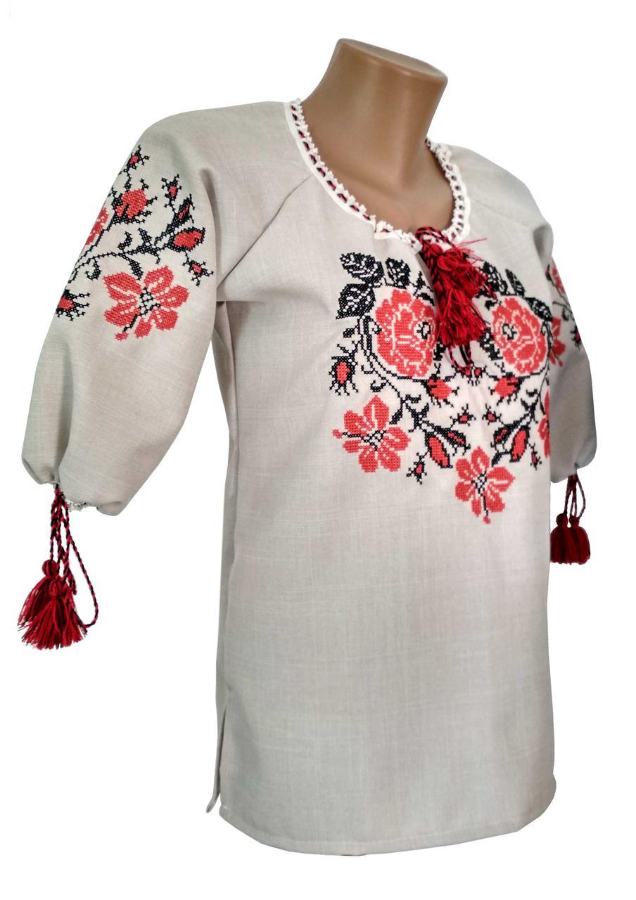 Льняная вышитая женская сорочка с цветочным орнаментом