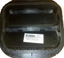 Дефлектор вентиляции в багажнике Ланос (ОЕ)