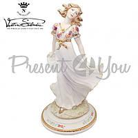 Фигурка-статуэтка фарфоровая Италия, ручная работа «Девушка на прогулке» Sabadin, h-33 см (2344Ls)