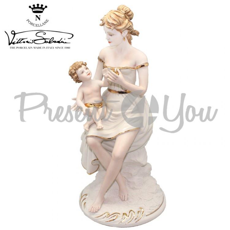 Фигурка фарфоровая Италия, ручная работа «Материнская любовь» Sabadin, h-37 см (2107Bs)