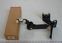 Ролик боковой двери VW T5 (средний) c кронштейном R