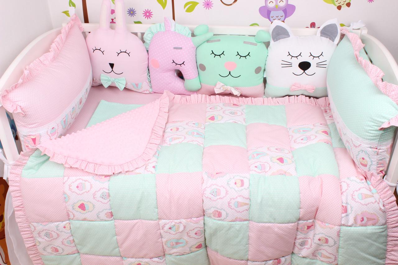 Комплект в кроватку с зверюшками розово-мятный