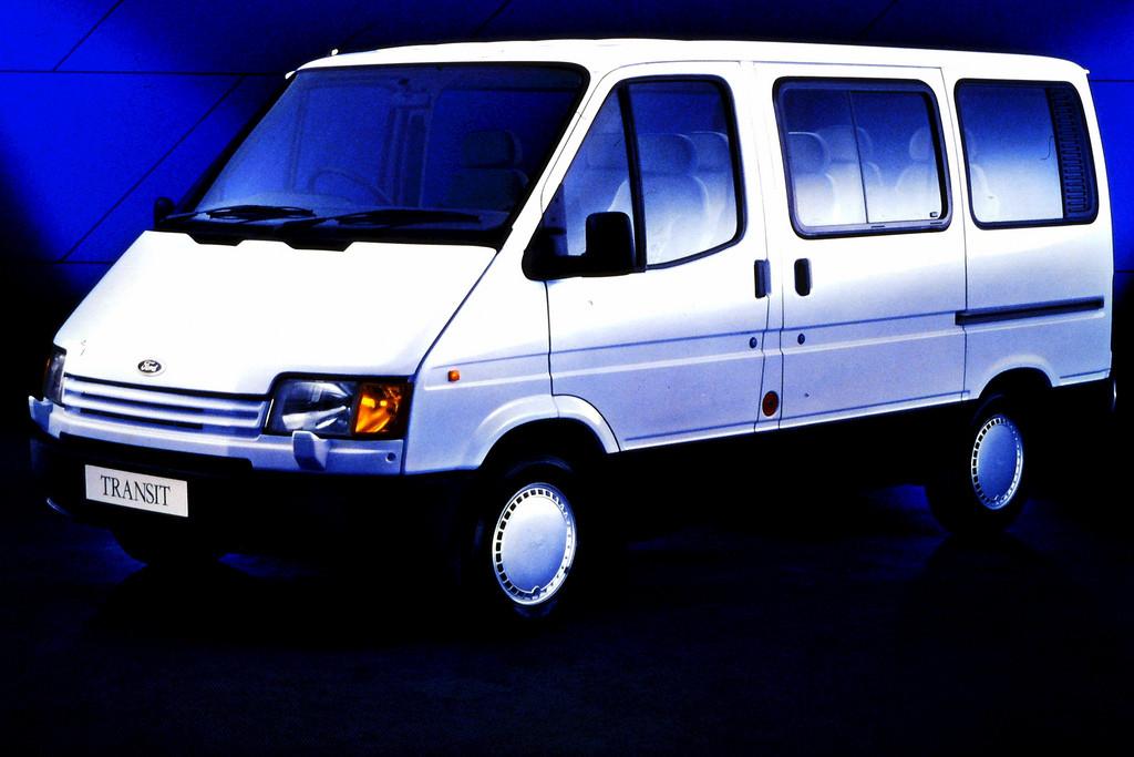 Лобовое стекло FORD Transit MK2 T-12/15 с обогревом (1986-2000)