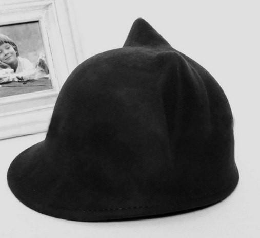"""Шляпа женская с козырьком """"Ушки"""""""