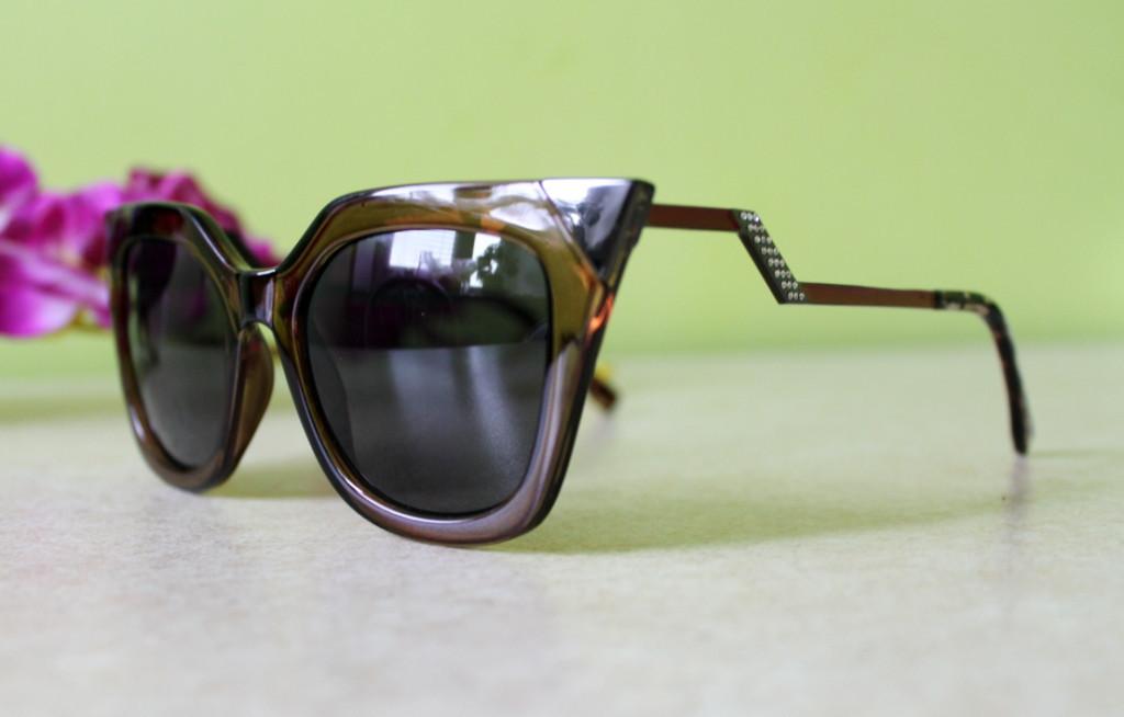 Солнцезащитные очки FENDI Square cat-eye Iridia (коричневые)