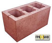 Блок строительный красный