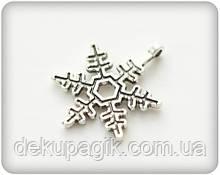 Металлическая подвеска Снежинка Классическая, 18*21мм