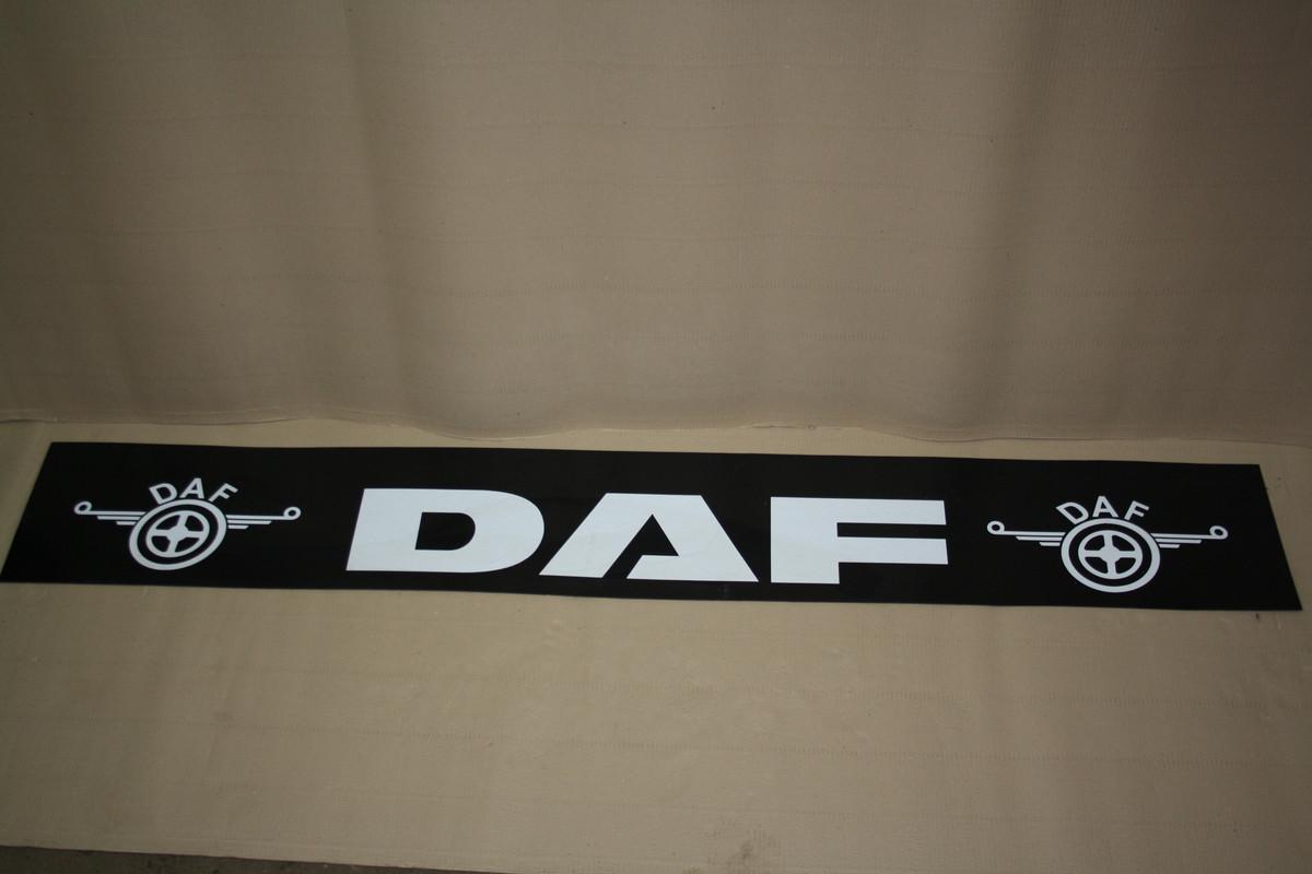 Брызговик DAF (белая надпись) 35*240