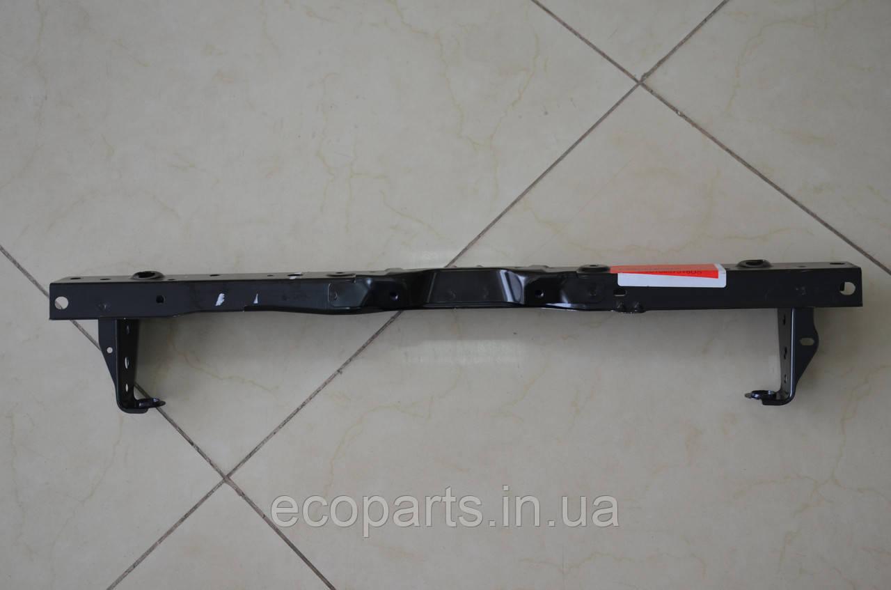 Верхняя панель радиаторов Nissan Leaf (13-17)