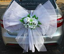 Бант Белый с цветами, свадебный бант на автомобиль (103)