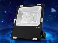 Светодиодный прожектор 30W, RGB+CCT, WI-FI, (AC)