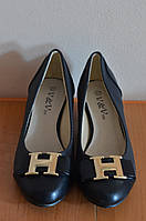 Туфлі женские на каблуке- Китай, новые