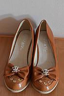 Туфлі женские на каблуке - Китай, новые