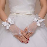 Свадебные перчатки без пальцев с кружевом и бантом