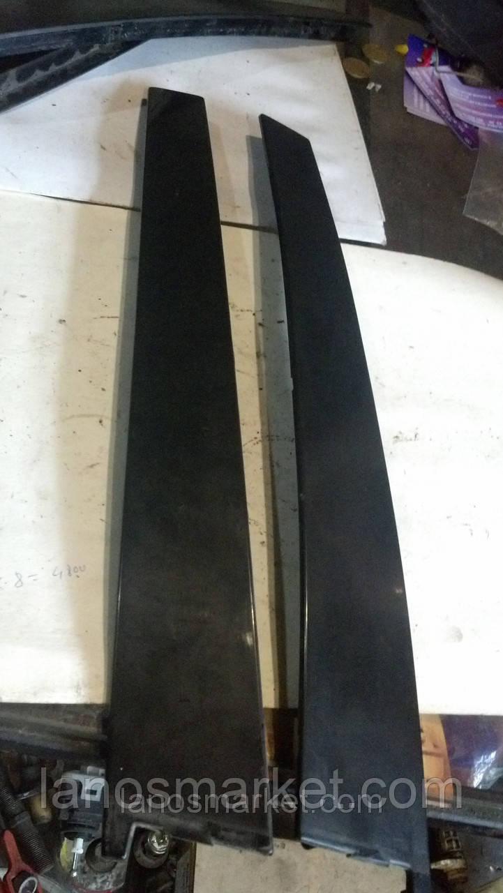 Накладка наружной стойки передней двери Ланос левая б/у