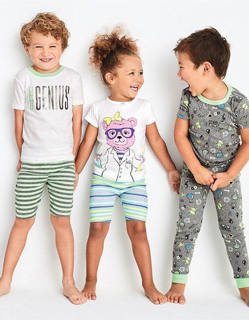 8179889229c8 Дизайнеры ежегодно выпускают новые линейки детской одежды. В новом сезоне в  тренде стиль фолк, кэжуал, этнические мотивы и яркие дополнения.