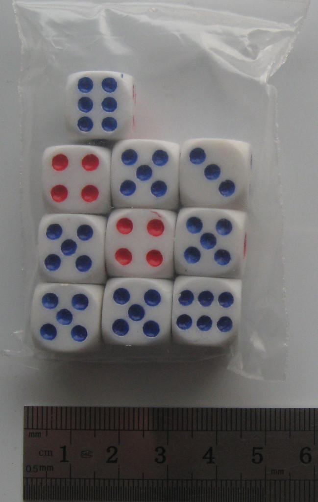 """Игральные кубики """"Кости"""" набор 1,3х1,3х1,3 см 10 шт."""