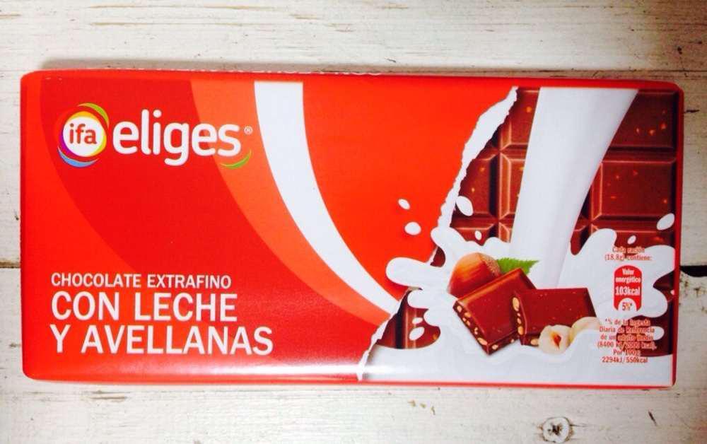 Шоколад молочний Ifa Eliges з фундуком 150 гр