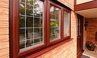 Дерев'яна віконна рама зі склом