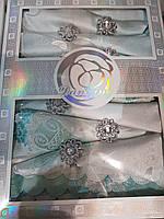 Подарочный набор-скатерть с салфетками и кольцами 150*220.Белая с серебром