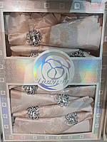 Подарочный набор-скатерть с салфетками и кольцами 150*220. Кремовая с золотым узором