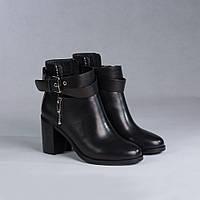 Демисезонные женские ботинки Maria Caruso