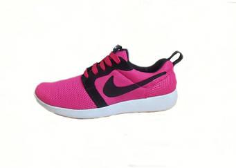 Женские спортивные кроссовки Nike Roshe Run  розовый