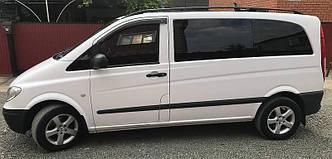Передний салон, левое (нестандартное) стекло на автомобиль Mercedes-Benz Vito 04-