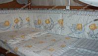 """Бампер в кровать и набор постели- """"Мишка на подушке"""" белый с голубым"""