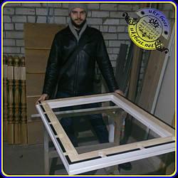 Первое безрамочное зеркало визажиста из массива ясеня с подсветкой, сделанное UkrBest. Не смотря на получившуюся огромную стоимость и убыточность заказа, утешило то, что качество вышло практически иделаьным - хорошее начало, в целом. :-)