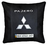 Автомобильная сувенирная подушка с логотипом mitsubishi