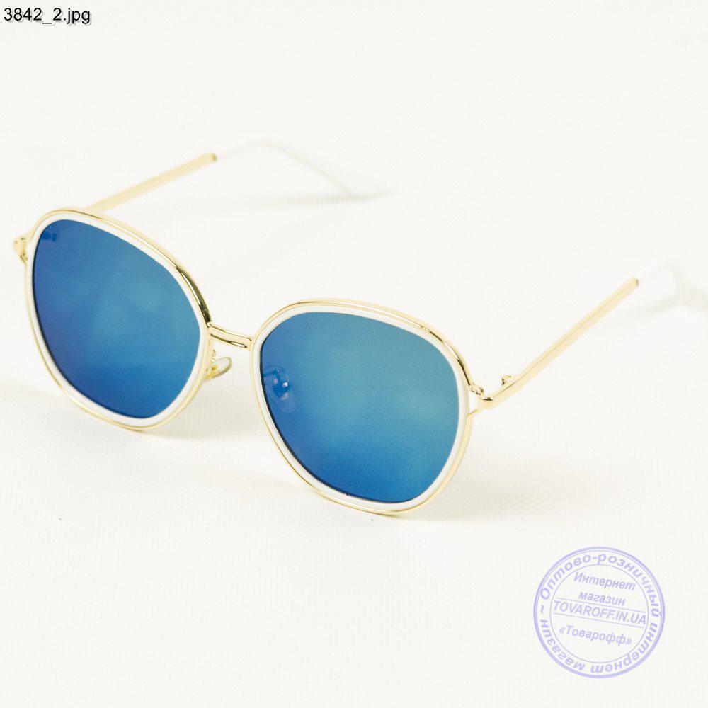 Модные молодежные солнцезащитные очки с синими зеркальными линзами - 3842