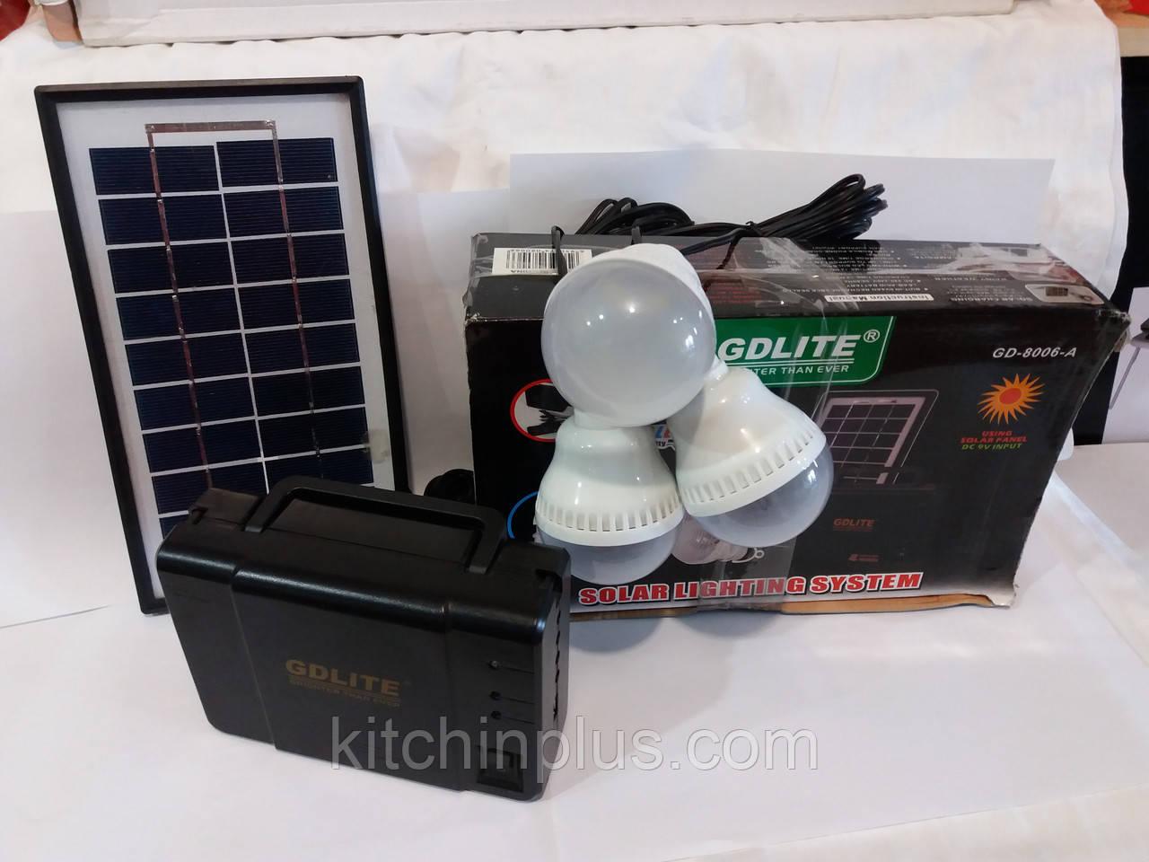 Портативное зарядное устройство на солнечной батарее GD-8006A