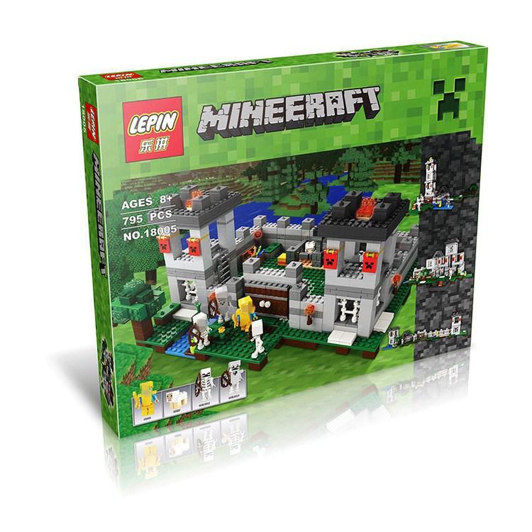 Конструктор Lepin 18005 Minecraft Майнкрафт Крепость 795 деталей