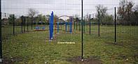 Металлический забор из сварной сетки с полимерным покрытием