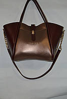 Женская сумка  двухцветного кожзама,длинная ручка наполовину на цепочке.