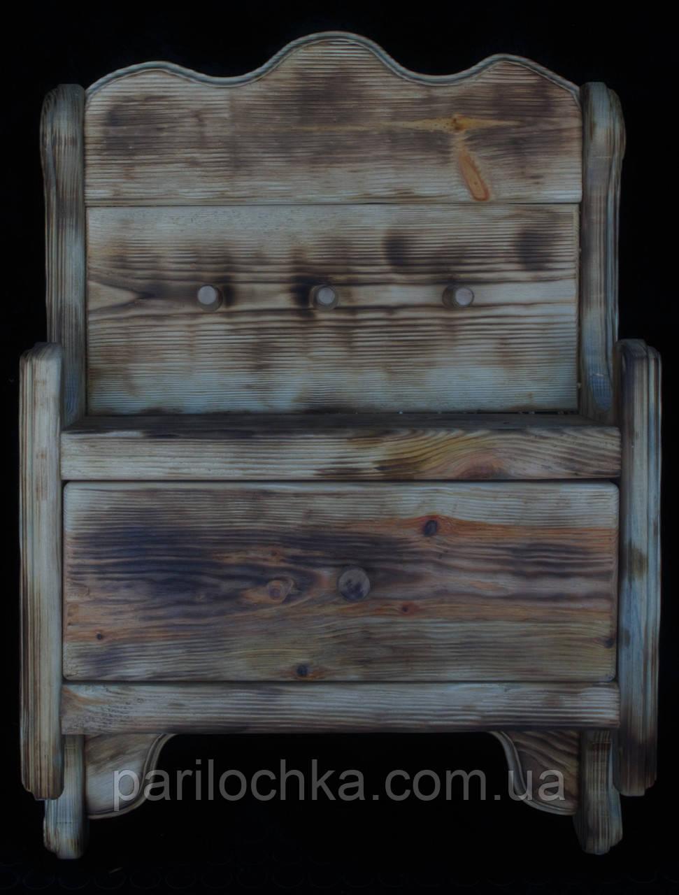 Деревянная ключница  настенная.