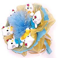 Букет из мягких игрушек Котики в жёлто-голубом