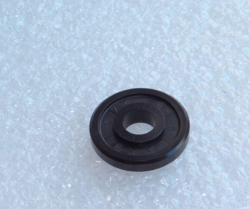 Ролик магнитного вала  bizhub 162/210/163/211/250/Di2510