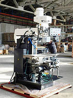 Универсально-фрезерный станок FDB Maschinen TMM 700