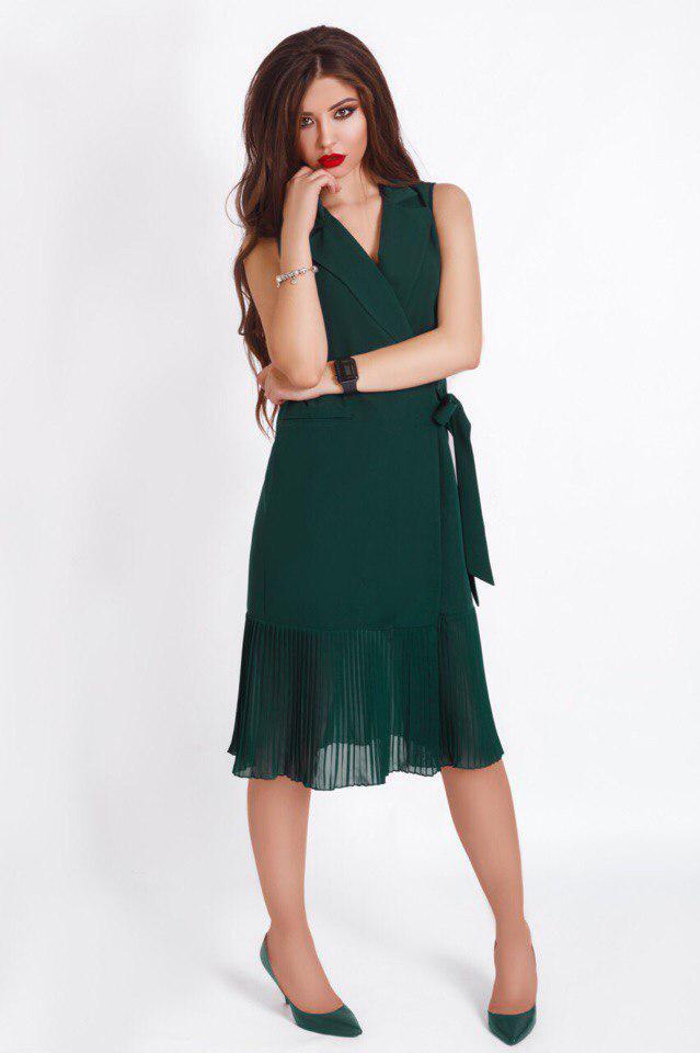 """Офисное миди-платье на запах """"PLUSSE"""" с плиссированной вставкой (4 цвета)"""