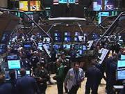 Обвал на фондовых рынках корректируется ростом на рынке драгметаллов