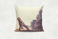 """Подарочная подушка """"Влюблённые в Париже"""""""