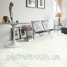 Quick-Step AMCL40136 Белый каррарский мрамор, виниловый пол Livyn Ambient Click