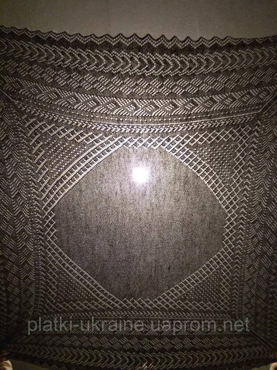 Оренбургский пуховый платок ручной работы, ажурный, плотный . 140х140 см.