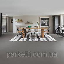 Quick-Step AMCL40140 Минимальный умеренно-серый, виниловый пол Livyn Ambient Click