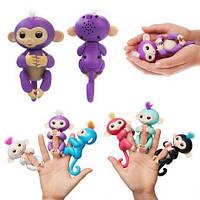 Интерактивная игрушка обезьянка  Fingermonkey