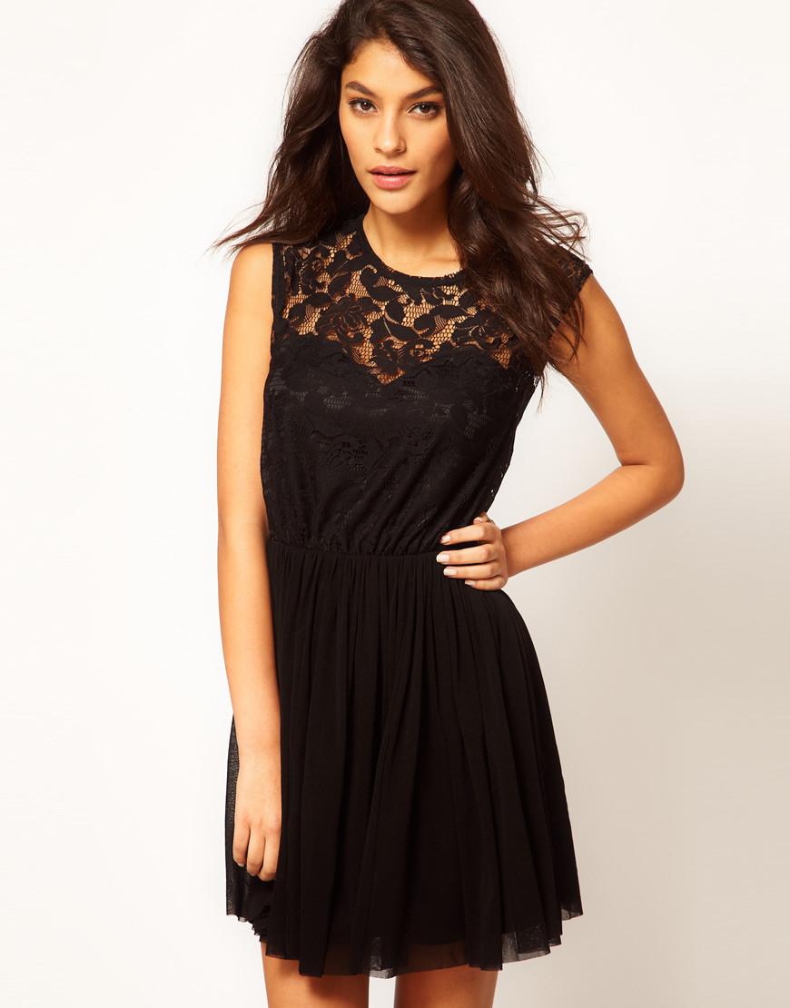 Черное платье с кружевным верхом ASOS