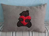 Декоративная подушка Мишка вышивка 30х45 см, фото 1