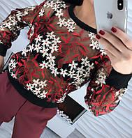 Красивая женская черная блузка органза с вышивкой на манжетах тренд 2018